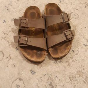 Birkenstock Size 6 Tan/Light Brown Sandles